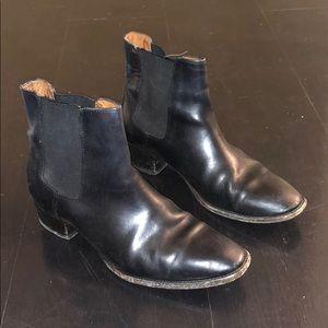Dara Frye Chelsea Boots
